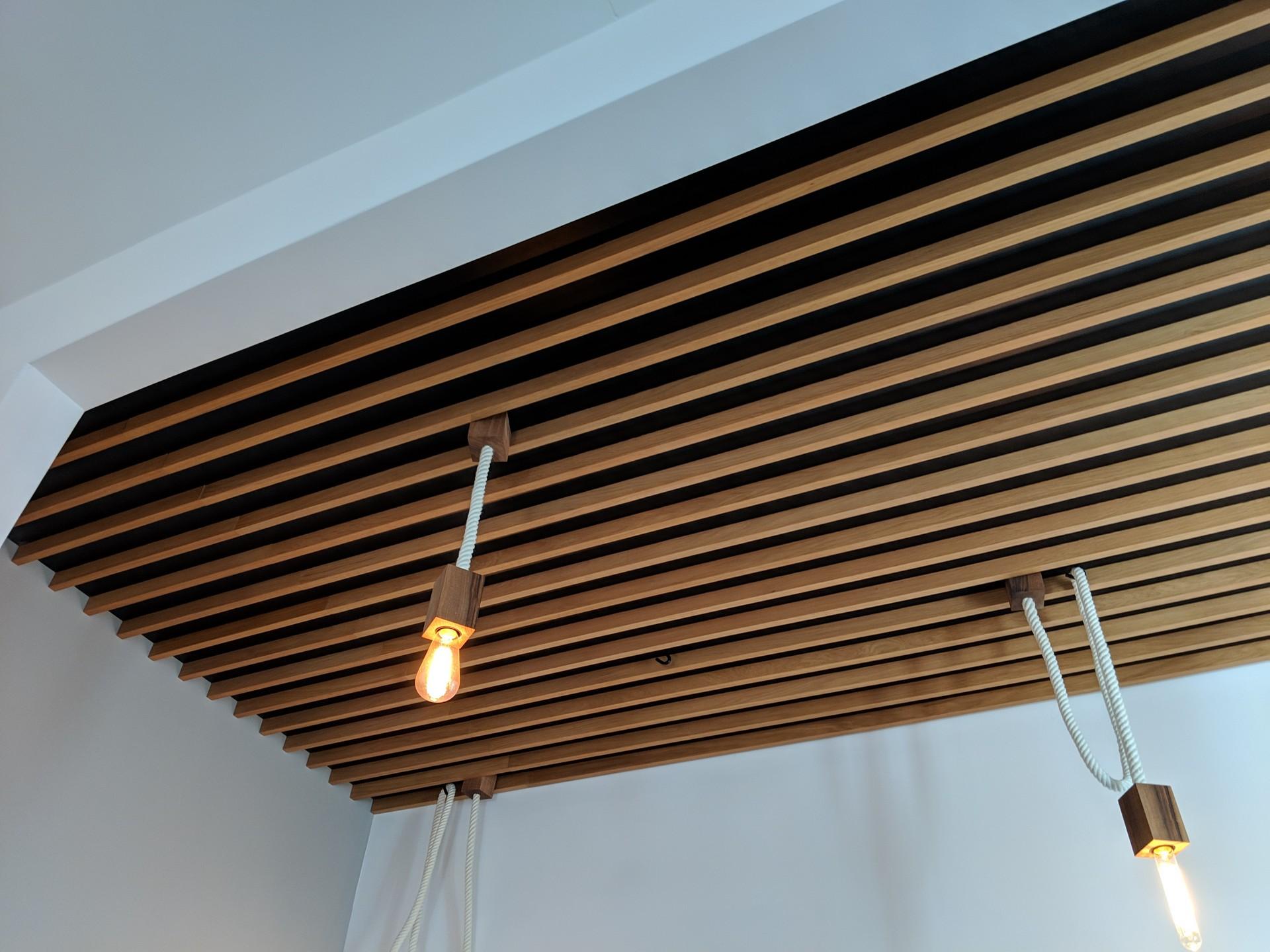 Sufit panele drewniane
